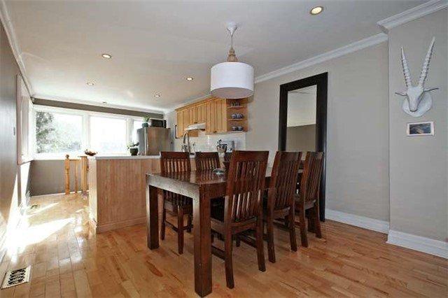 Photo 12: Photos: 71 Burgess Avenue in Toronto: East End-Danforth House (2-Storey) for sale (Toronto E02)  : MLS®# E3395651