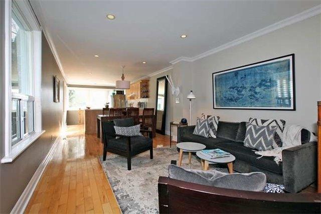 Photo 9: Photos: 71 Burgess Avenue in Toronto: East End-Danforth House (2-Storey) for sale (Toronto E02)  : MLS®# E3395651