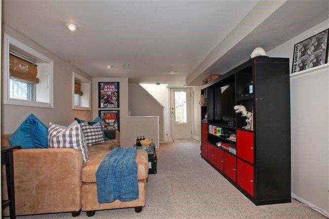 Photo 4: Photos: 71 Burgess Avenue in Toronto: East End-Danforth House (2-Storey) for sale (Toronto E02)  : MLS®# E3395651