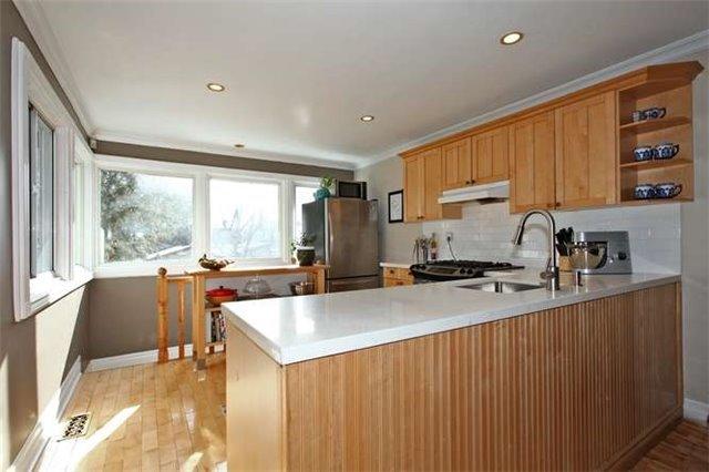 Photo 13: Photos: 71 Burgess Avenue in Toronto: East End-Danforth House (2-Storey) for sale (Toronto E02)  : MLS®# E3395651