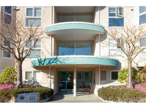 Main Photo: 107 3009 Brittany Dr in VICTORIA: La Jacklin Condo Apartment for sale (Langford)  : MLS®# 722984