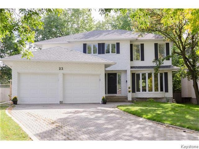 Main Photo: 23 Haddington Bay in Winnipeg: Charleswood Residential for sale (South Winnipeg)  : MLS®# 1609114
