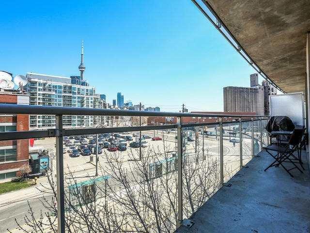 Photo 5: Photos: 502 650 W Queens Quay in Toronto: Niagara Condo for sale (Toronto C01)  : MLS®# C3484743