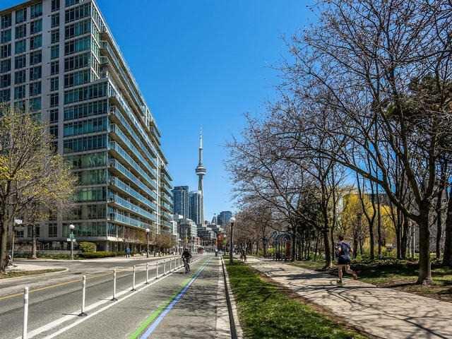 Photo 6: Photos: 502 650 W Queens Quay in Toronto: Niagara Condo for sale (Toronto C01)  : MLS®# C3484743