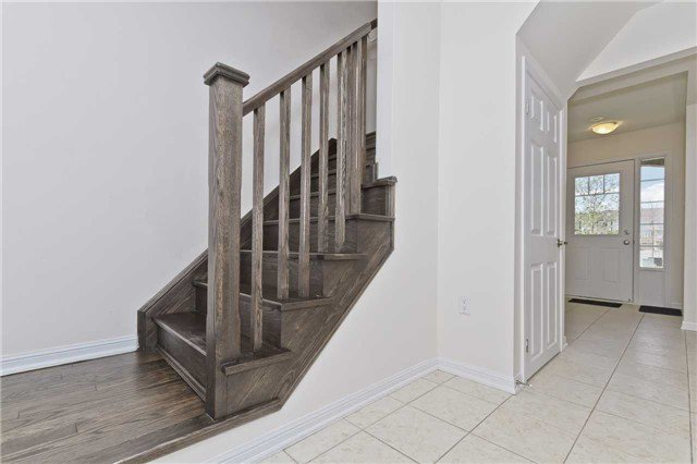 Photo 10: Photos: 989 Nadalin Heights in Milton: Willmont House (3-Storey) for sale : MLS®# W3497198