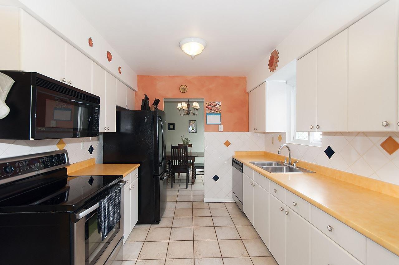 Photo 5: Photos: 11957 92 Avenue in Delta: Annieville 1/2 Duplex for sale (N. Delta)  : MLS®# R2080462