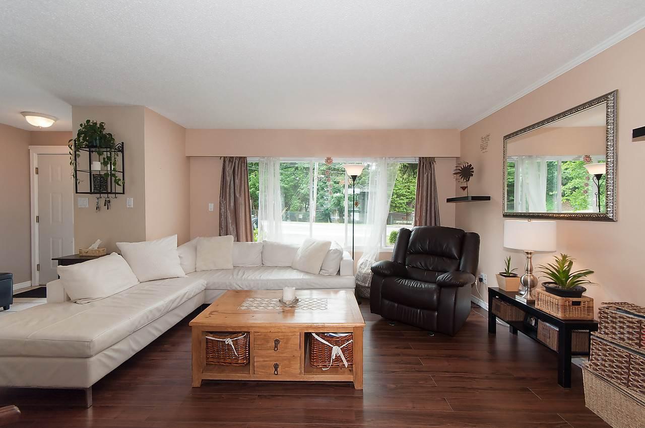 Photo 3: Photos: 11957 92 Avenue in Delta: Annieville 1/2 Duplex for sale (N. Delta)  : MLS®# R2080462