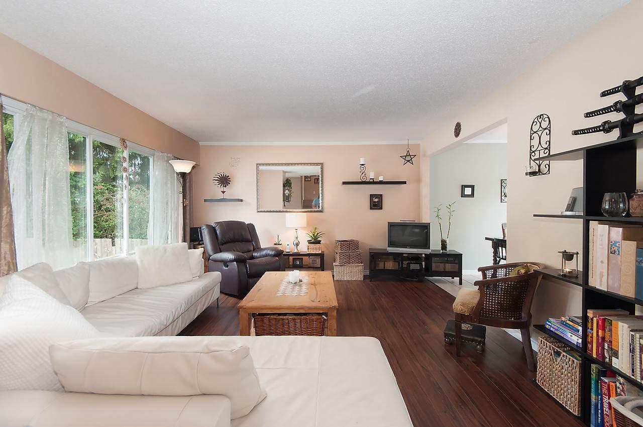 Photo 2: Photos: 11957 92 Avenue in Delta: Annieville 1/2 Duplex for sale (N. Delta)  : MLS®# R2080462