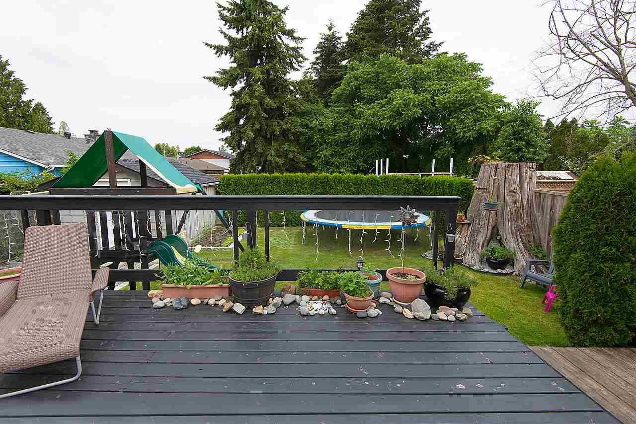Photo 14: Photos: 11957 92 Avenue in Delta: Annieville 1/2 Duplex for sale (N. Delta)  : MLS®# R2080462