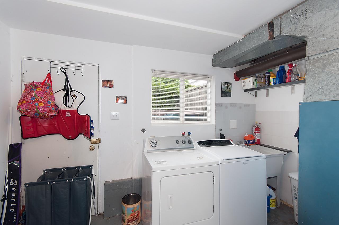 Photo 12: Photos: 11957 92 Avenue in Delta: Annieville 1/2 Duplex for sale (N. Delta)  : MLS®# R2080462