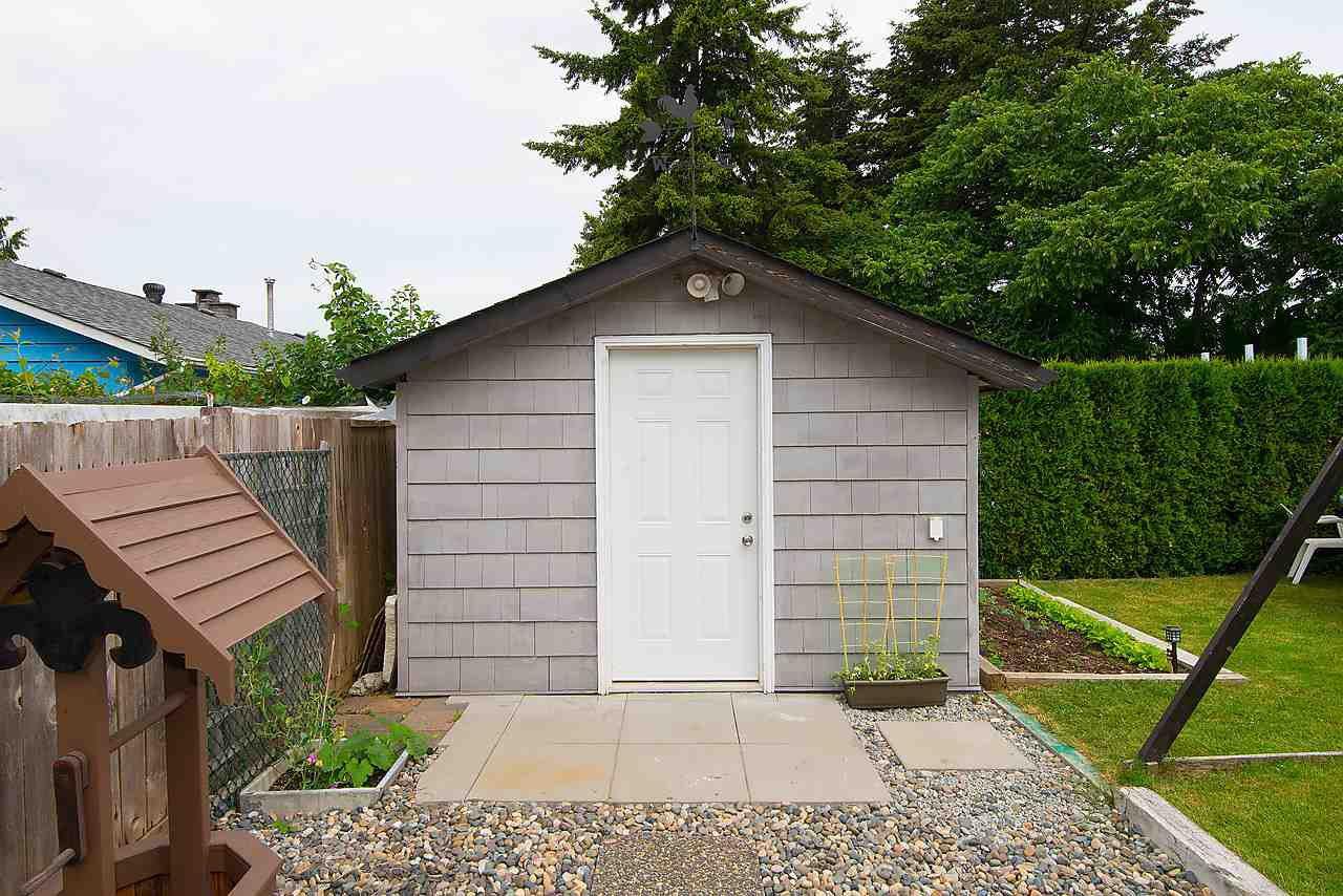 Photo 16: Photos: 11957 92 Avenue in Delta: Annieville 1/2 Duplex for sale (N. Delta)  : MLS®# R2080462