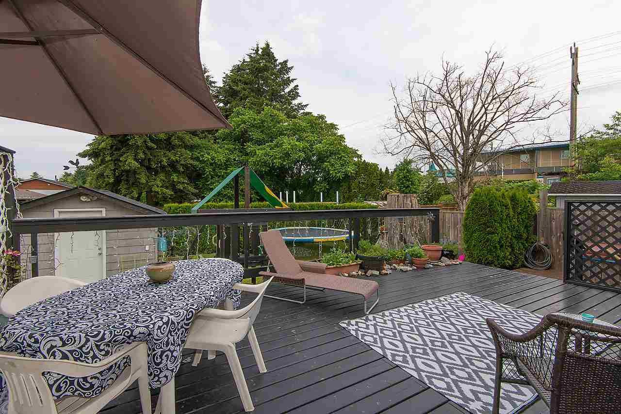 Photo 15: Photos: 11957 92 Avenue in Delta: Annieville 1/2 Duplex for sale (N. Delta)  : MLS®# R2080462