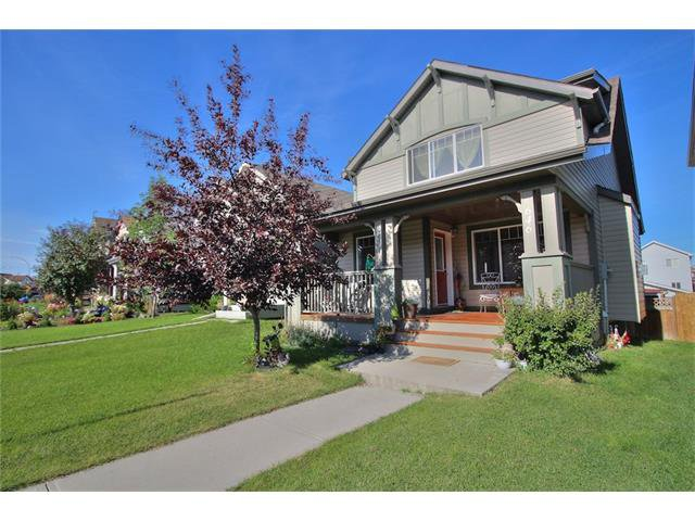 Main Photo: 646 EVERRIDGE Drive SW in Calgary: Evergreen House for sale : MLS®# C4078798