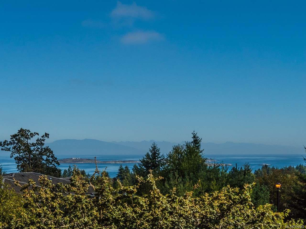 Main Photo: 3478 CARLISLE PLACE in NANOOSE BAY: PQ Fairwinds House for sale (Parksville/Qualicum)  : MLS®# 754645