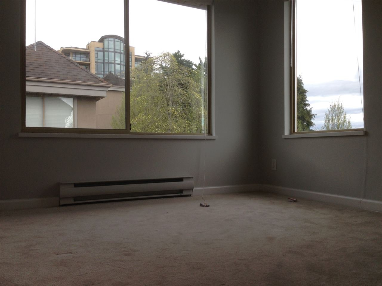 Photo 11: Photos: 15431 RUSSELL Avenue: White Rock Townhouse for sale (South Surrey White Rock)  : MLS®# R2154602