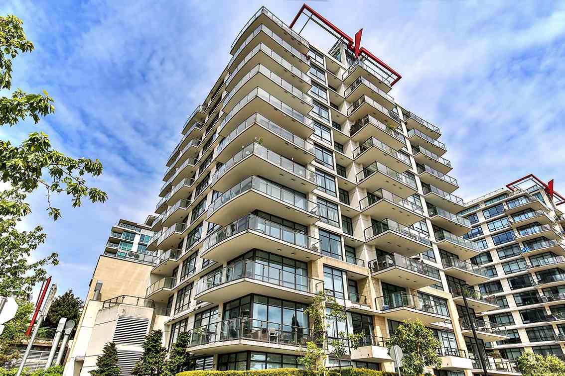 Main Photo: 908 162 VICTORY SHIP WAY in North Vancouver: Lower Lonsdale Condo for sale : MLS®# R2166439