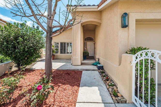 Photo 3: Photos: RANCHO PENASQUITOS House for sale : 4 bedrooms : 12794 Adolphia Court in San Diego