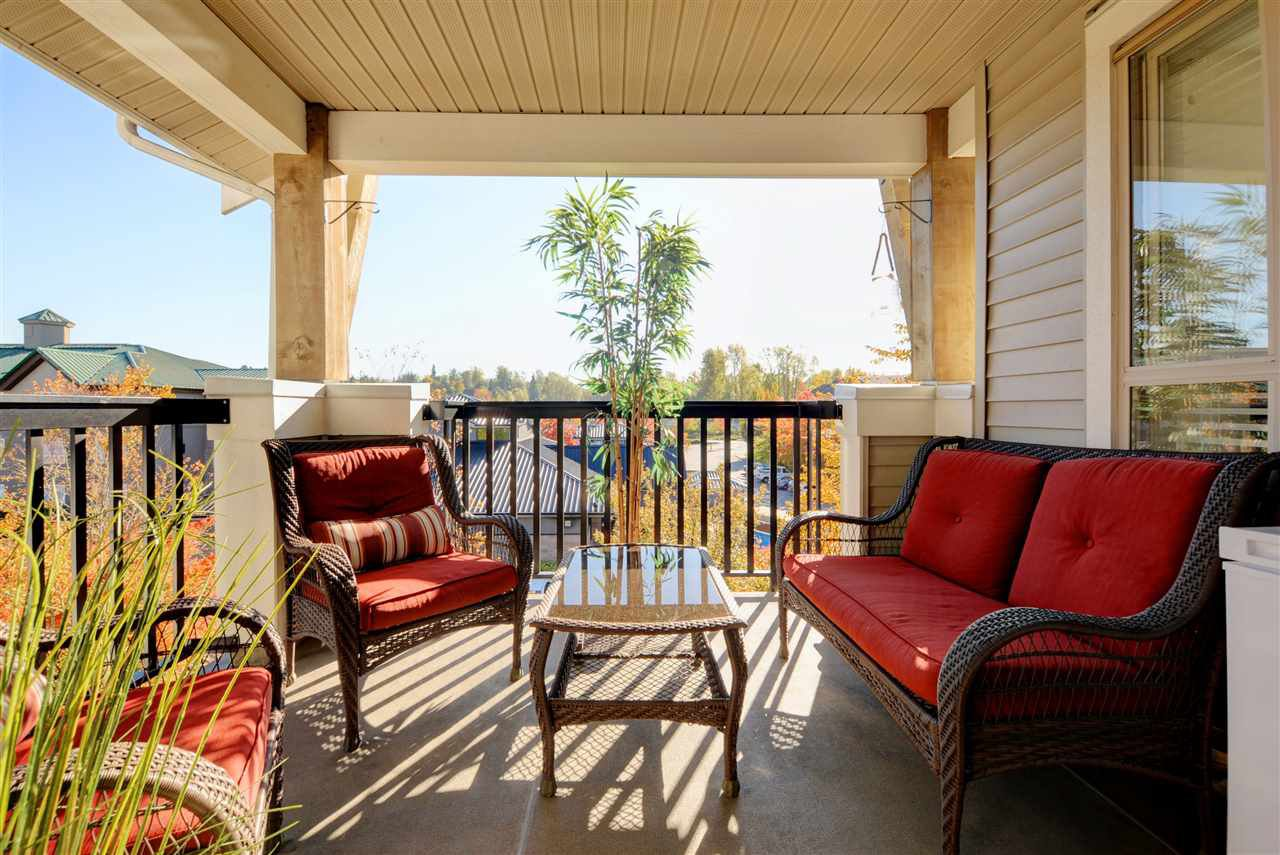 """Photo 17: Photos: 415 8915 202 Street in Langley: Walnut Grove Condo for sale in """"HAWTHORNE"""" : MLS®# R2217261"""