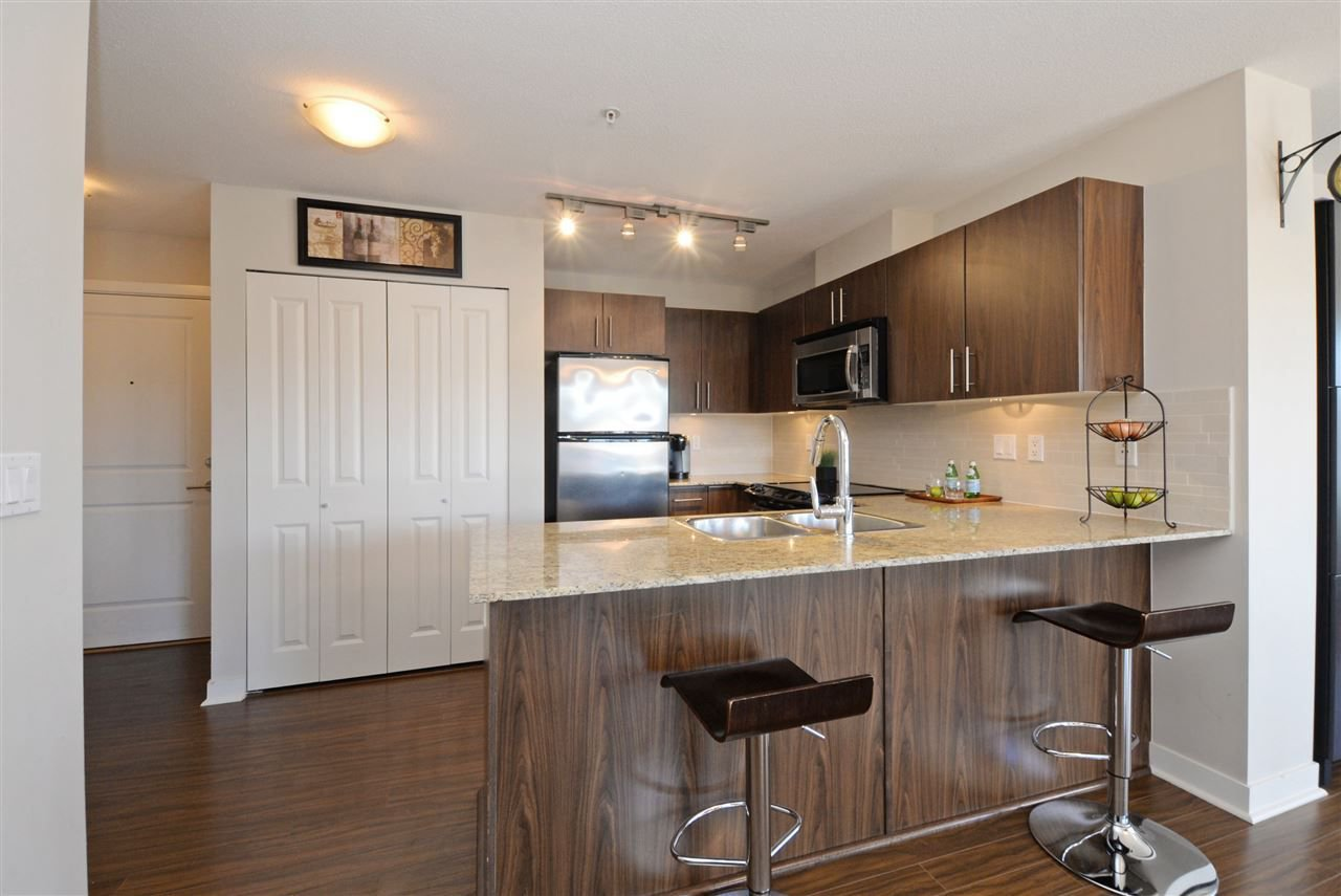 "Photo 7: Photos: 415 8915 202 Street in Langley: Walnut Grove Condo for sale in ""HAWTHORNE"" : MLS®# R2217261"