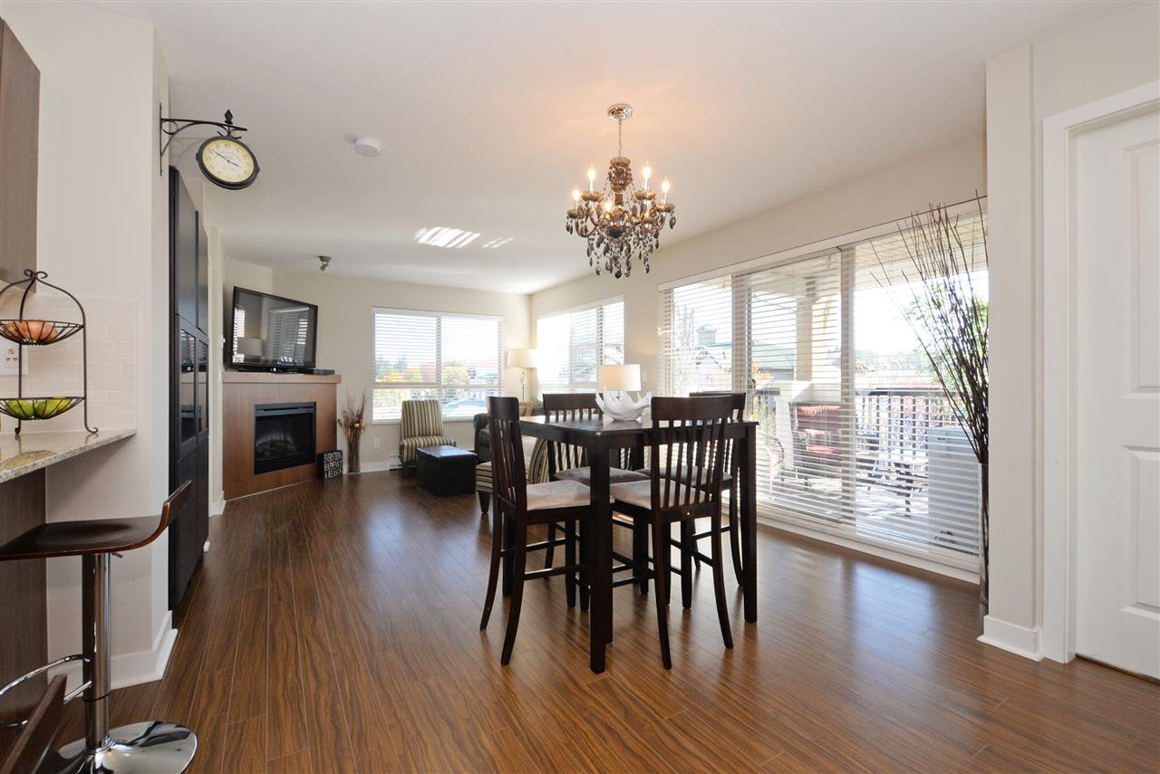 """Photo 6: Photos: 415 8915 202 Street in Langley: Walnut Grove Condo for sale in """"HAWTHORNE"""" : MLS®# R2217261"""