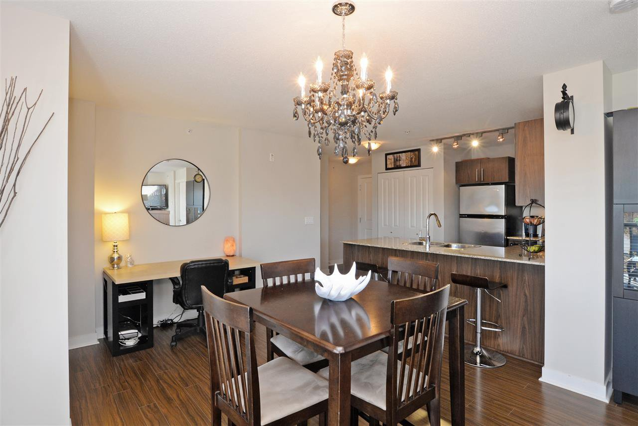 "Photo 5: Photos: 415 8915 202 Street in Langley: Walnut Grove Condo for sale in ""HAWTHORNE"" : MLS®# R2217261"