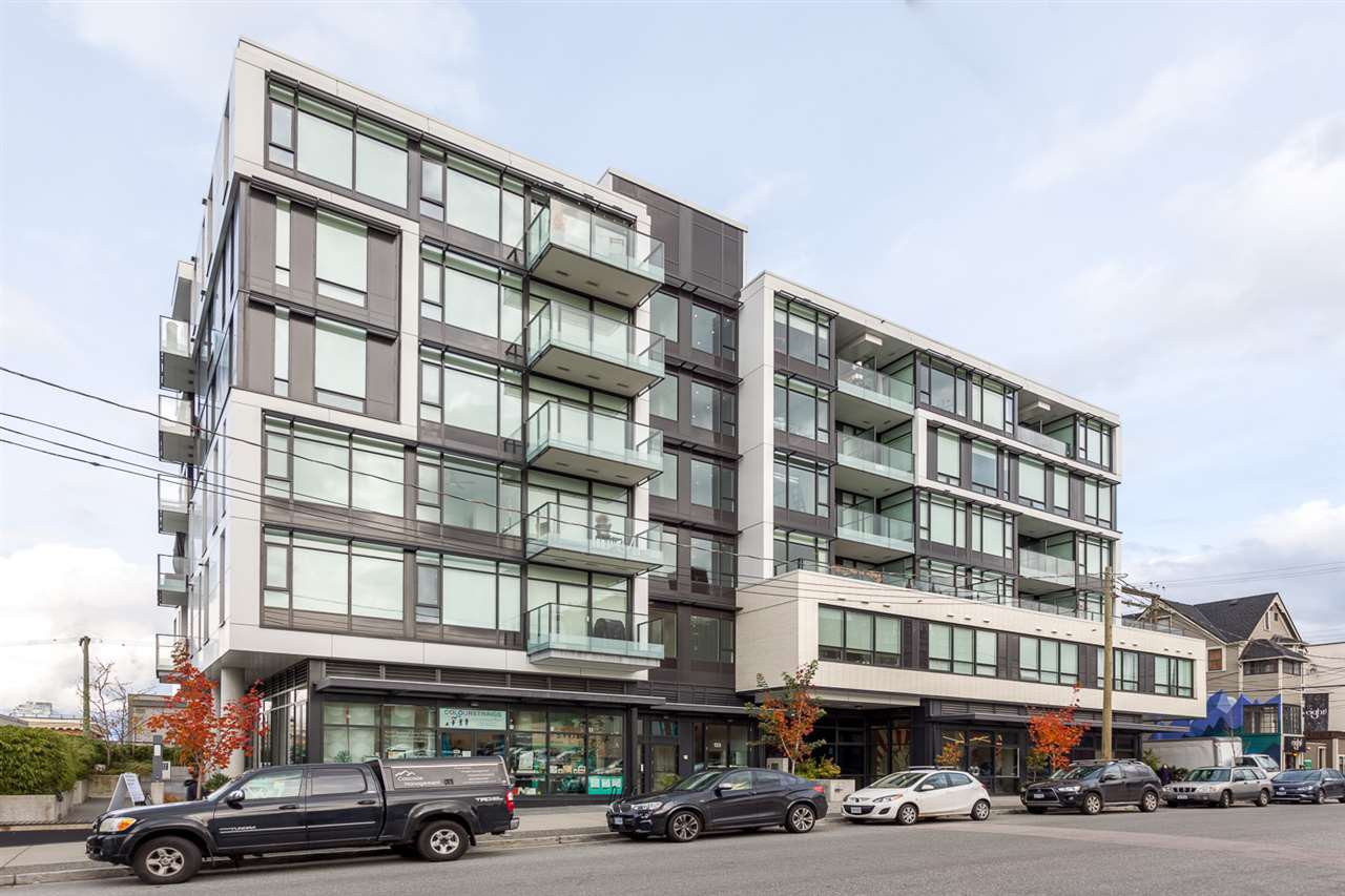 "Main Photo: 203 133 E 8TH Avenue in Vancouver: Mount Pleasant VE Condo for sale in ""Studio 45"" (Vancouver East)  : MLS®# R2223309"
