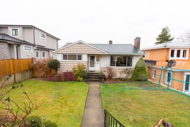 Photo 1: Photos: 6413 BURNS Street in Burnaby: Upper Deer Lake House for sale (Burnaby South)  : MLS®# R2223780