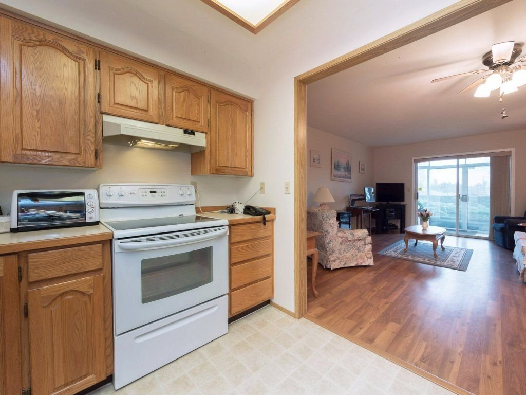"""Photo 8: Photos: 33 7525 MARTIN Place in Mission: Mission BC Townhouse for sale in """"Luther Place"""" : MLS®# R2238773"""