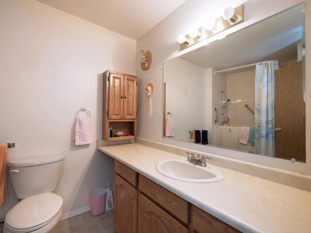 """Photo 10: Photos: 33 7525 MARTIN Place in Mission: Mission BC Townhouse for sale in """"Luther Place"""" : MLS®# R2238773"""