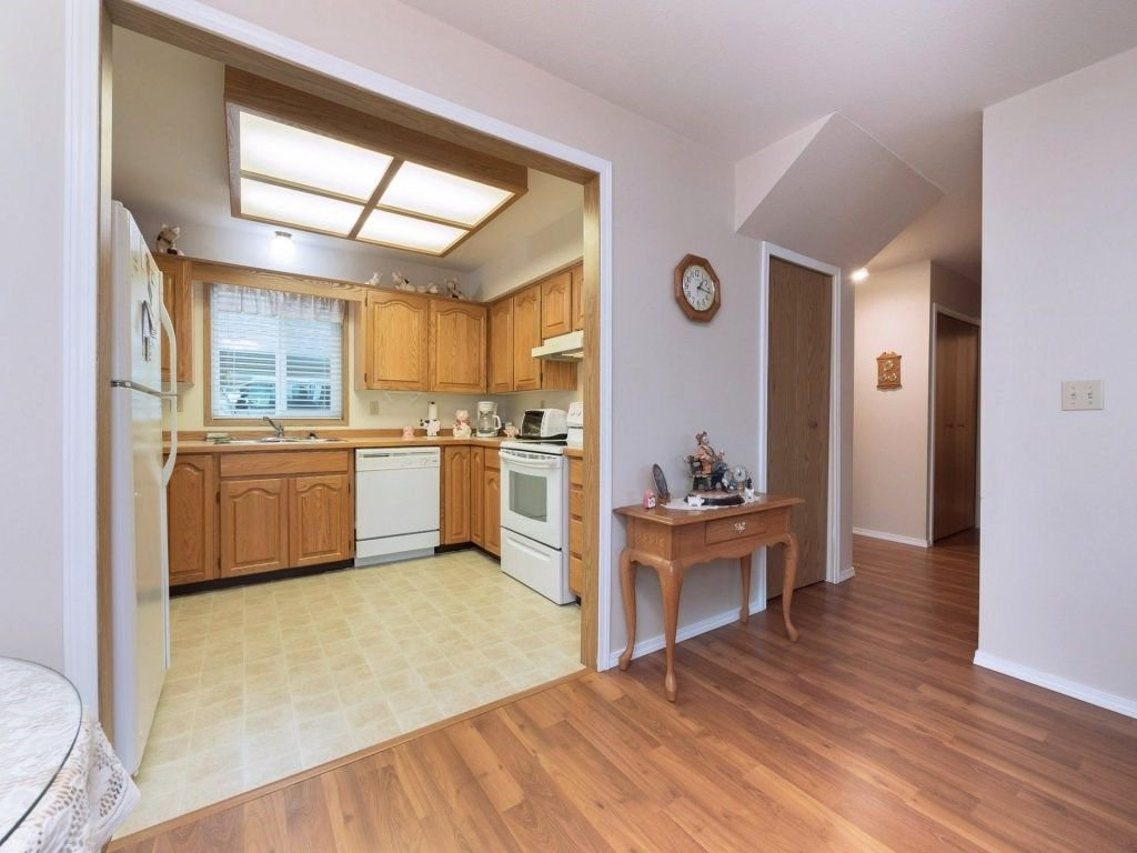 """Photo 5: Photos: 33 7525 MARTIN Place in Mission: Mission BC Townhouse for sale in """"Luther Place"""" : MLS®# R2238773"""