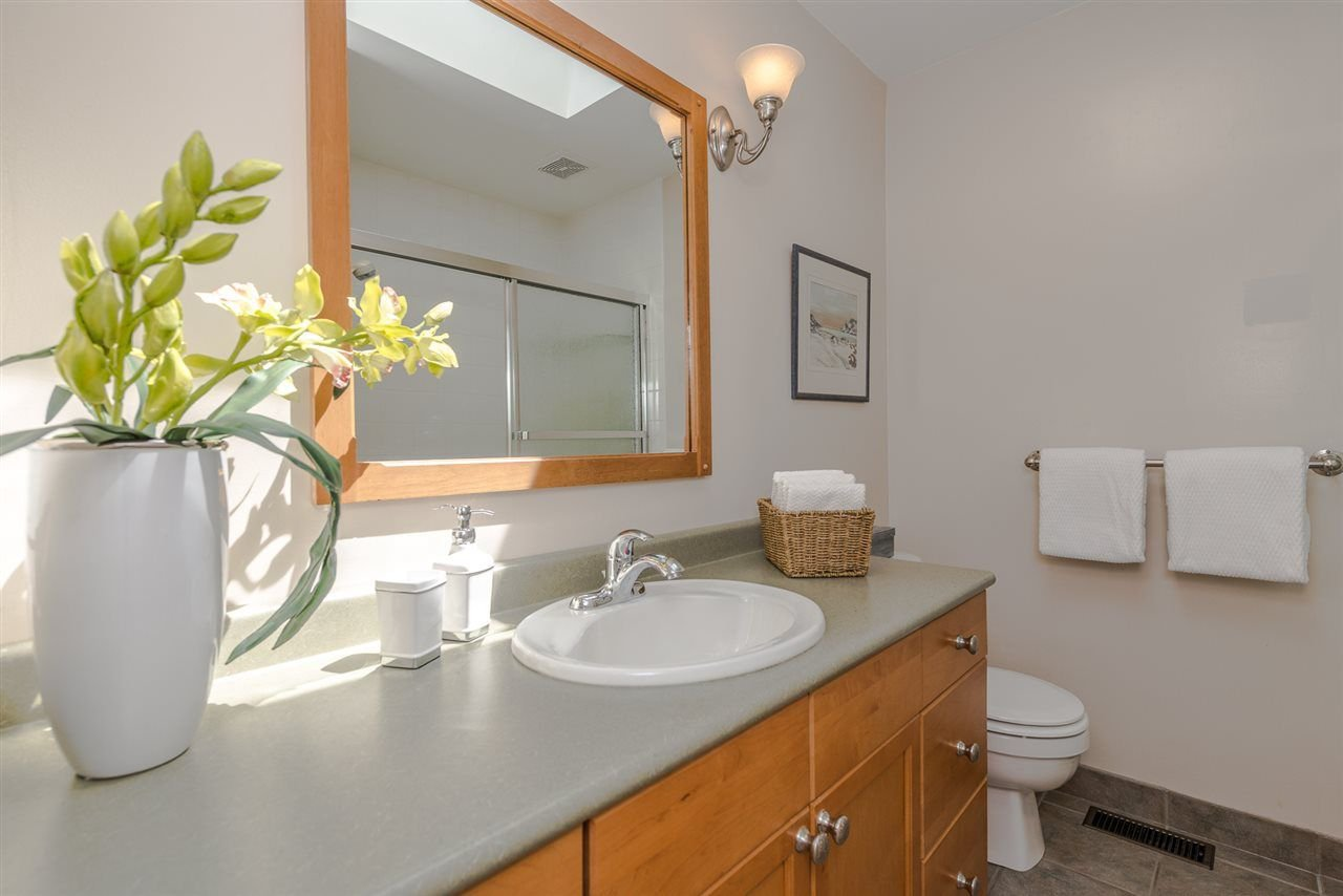 Photo 14: Photos: 1196 DEEP COVE Road in North Vancouver: Deep Cove Townhouse for sale : MLS®# R2279421