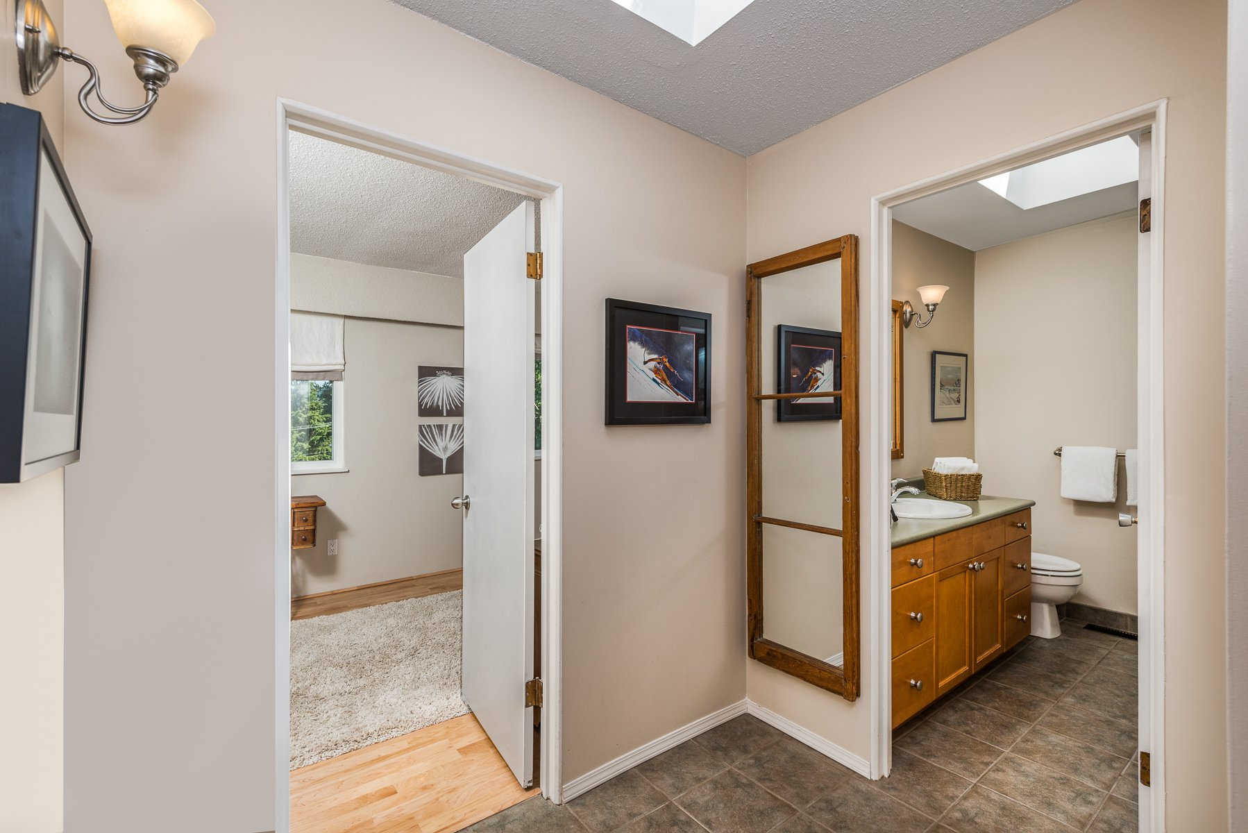 Photo 15: Photos: 1196 DEEP COVE Road in North Vancouver: Deep Cove Townhouse for sale : MLS®# R2279421