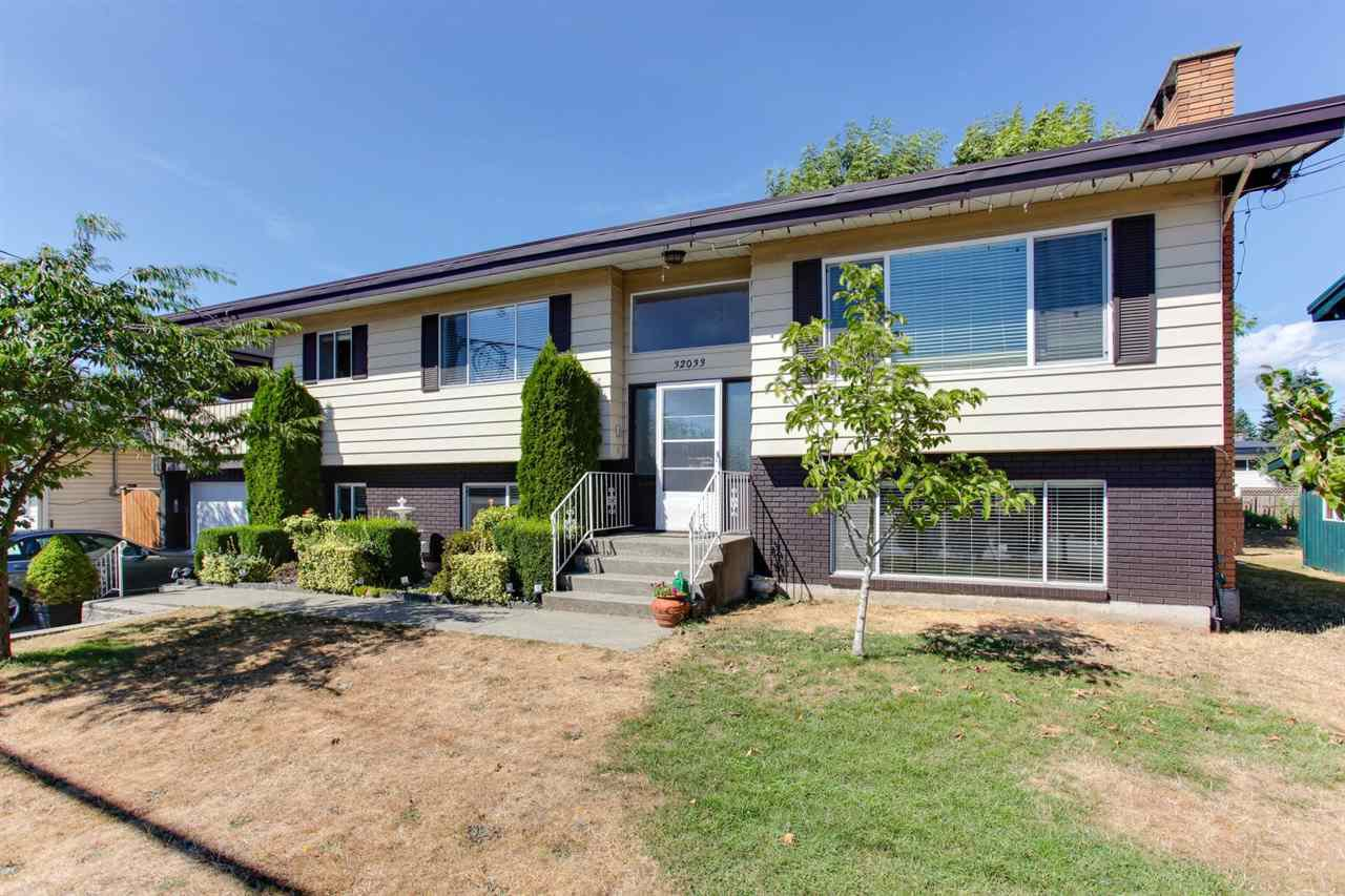 Main Photo: 32033 SHERWOOD CRESCENT in : Abbotsford West House for sale : MLS®# R2197857