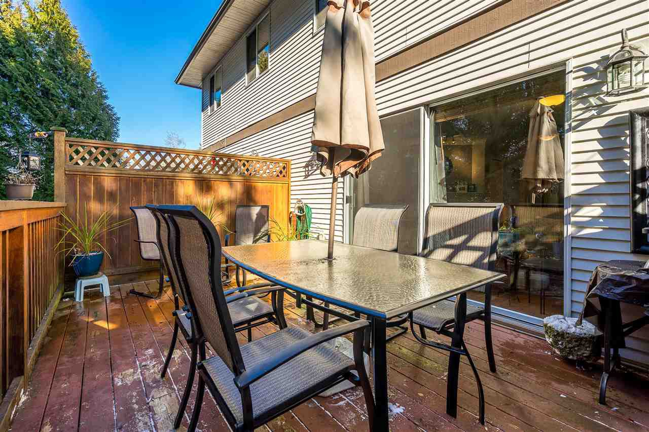 """Photo 16: Photos: 9 9539 208 Street in Langley: Walnut Grove Townhouse for sale in """"COUNTRY BROOK"""" : MLS®# R2339556"""