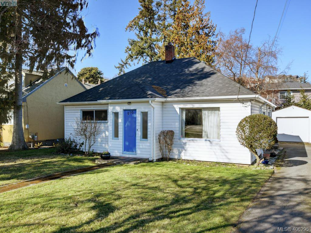 Main Photo: 976 Dunsmuir Road in VICTORIA: Es Old Esquimalt Single Family Detached for sale (Esquimalt)  : MLS®# 406295