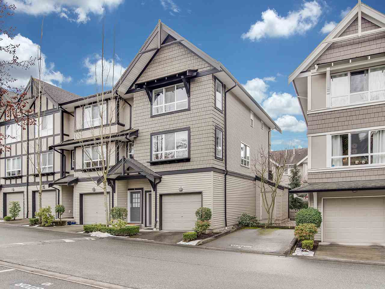 "Main Photo: 6 6747 203 Street in Langley: Willoughby Heights Townhouse for sale in ""Sagebrook"" : MLS®# R2346997"