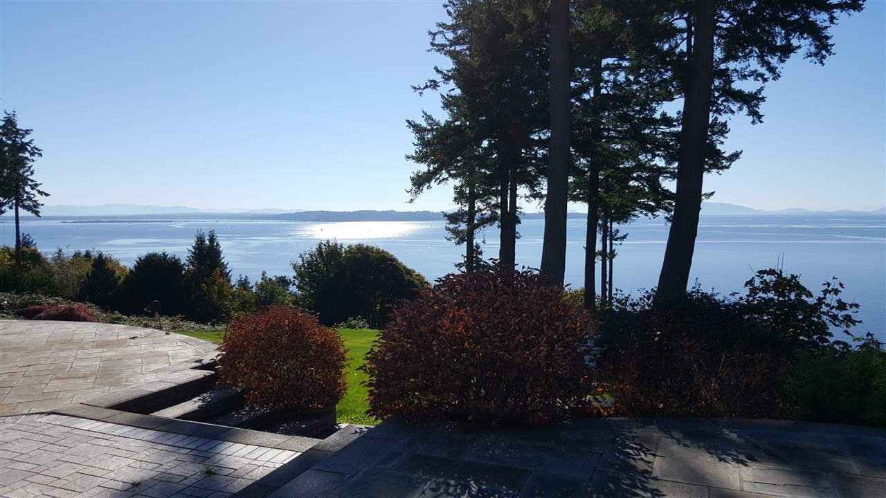 "Photo 5: Photos: 13836 MARINE Drive: White Rock House for sale in ""Marine Drive West"" (South Surrey White Rock)  : MLS®# R2355355"
