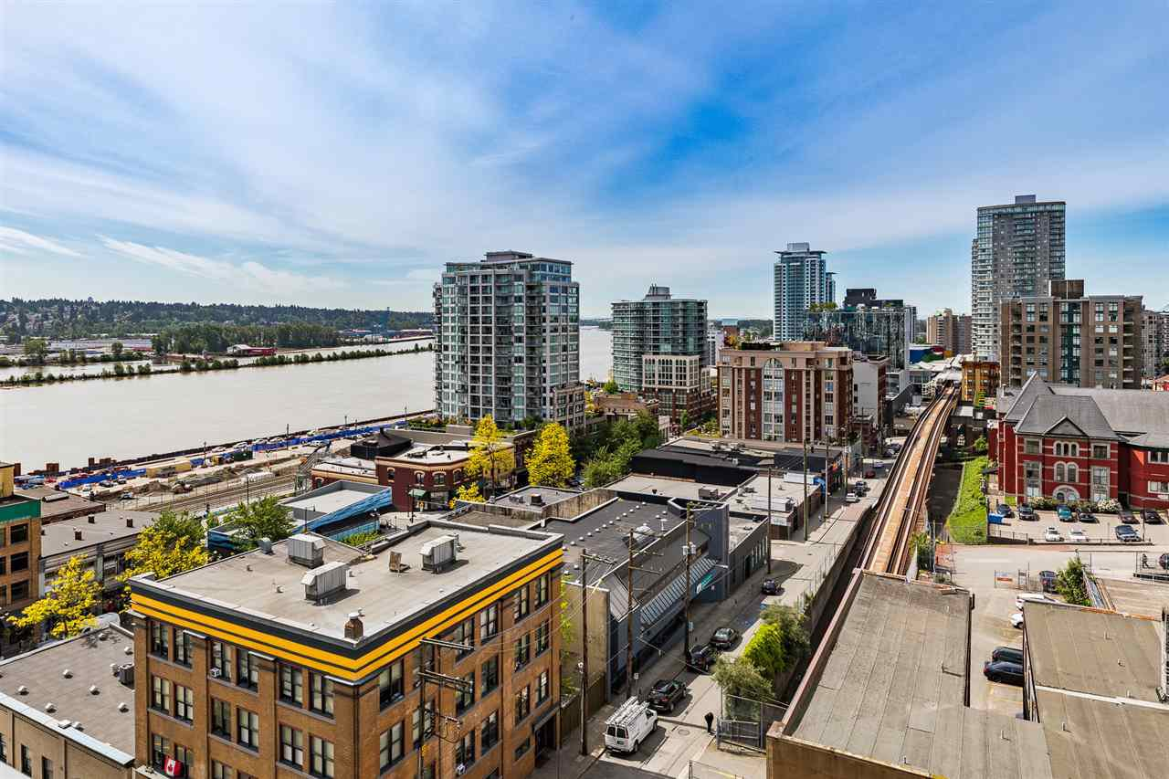 """Main Photo: 1006 39 SIXTH Street in New Westminster: Downtown NW Condo for sale in """"Quantum"""" : MLS®# R2368367"""