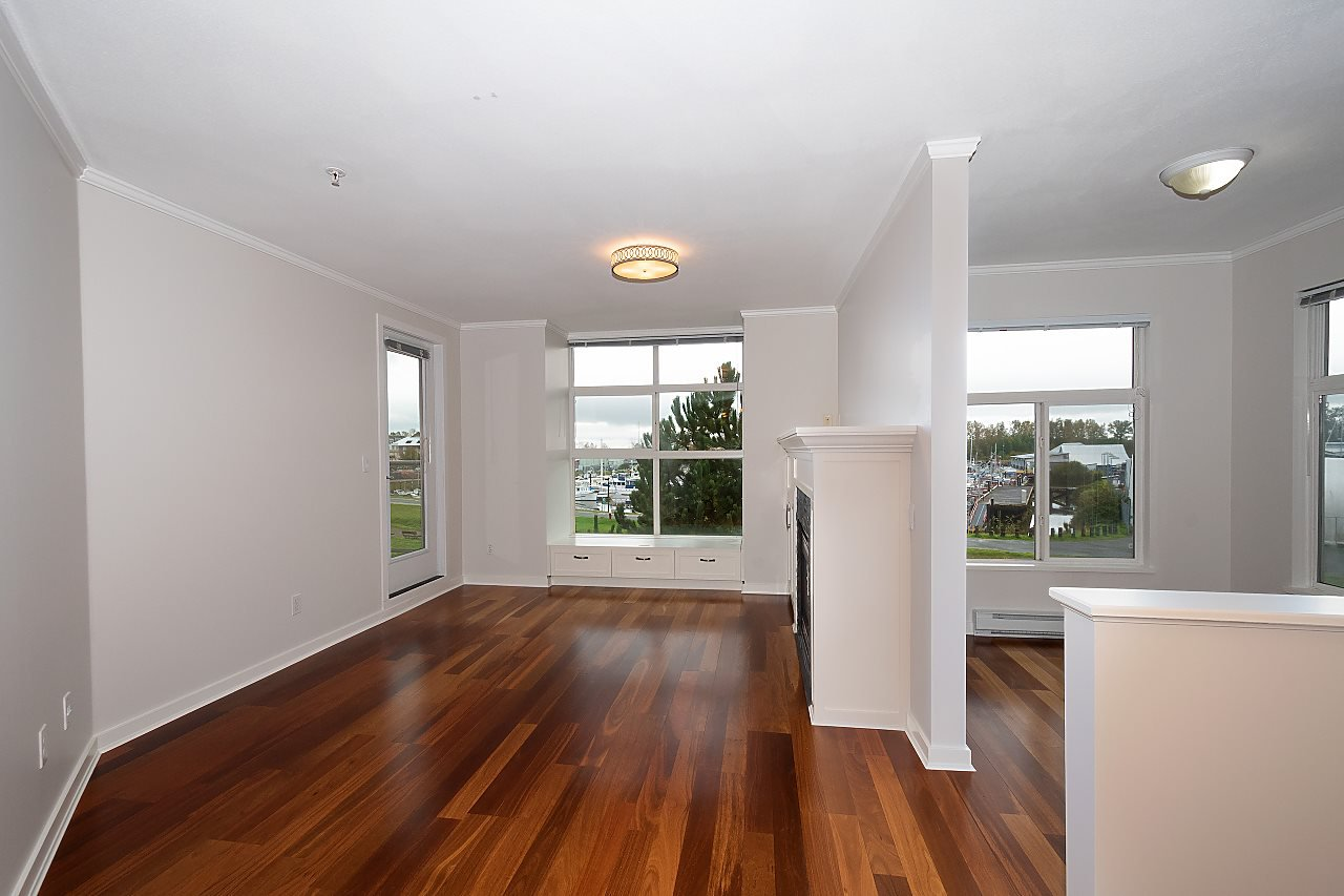 "Photo 5: Photos: 323 5700 ANDREWS Road in Richmond: Steveston South Condo for sale in ""RIVER'S REACH"" : MLS®# R2411844"