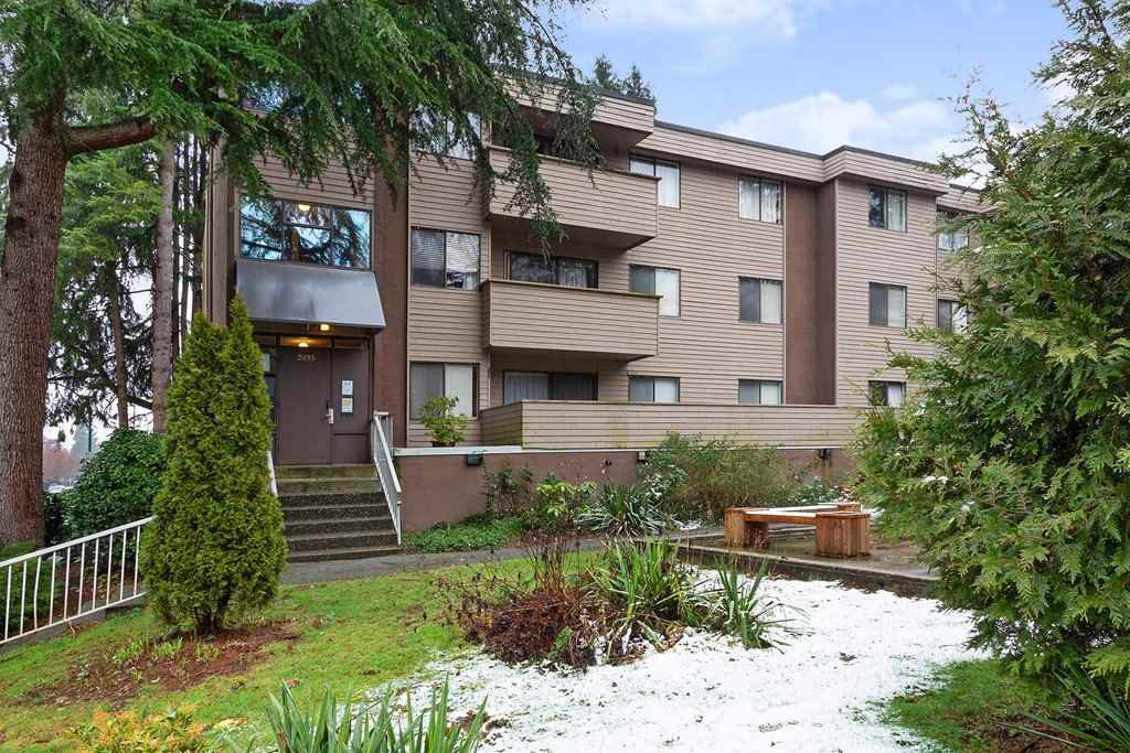 "Main Photo: 4 2435 KELLY Avenue in Port Coquitlam: Central Pt Coquitlam Condo for sale in ""ORCHARD VALLEY"" : MLS®# R2434196"