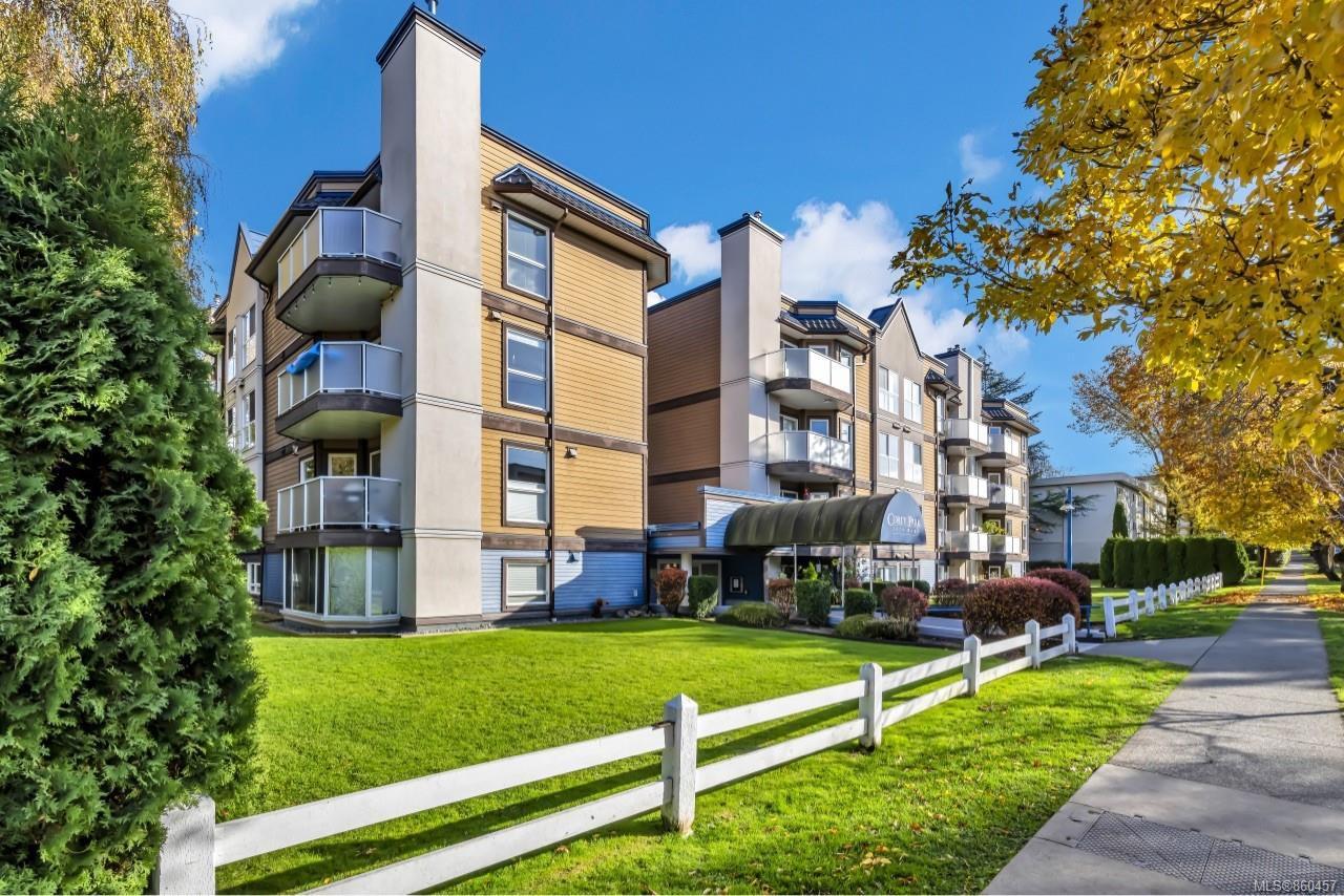 Photo 30: Photos: 105 2529 Wark St in : Vi Hillside Condo for sale (Victoria)  : MLS®# 860457