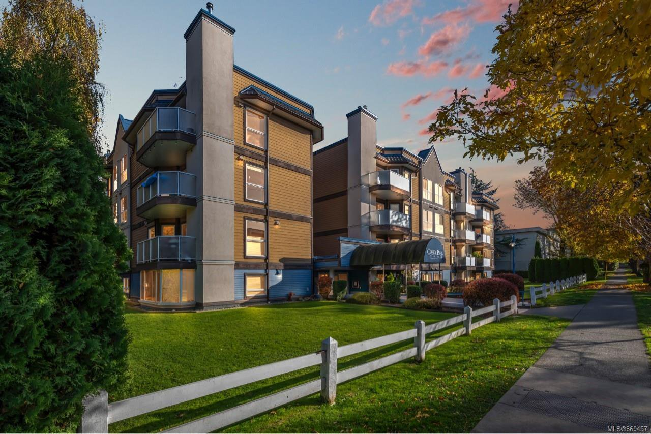 Main Photo: 105 2529 Wark St in : Vi Hillside Condo for sale (Victoria)  : MLS®# 860457