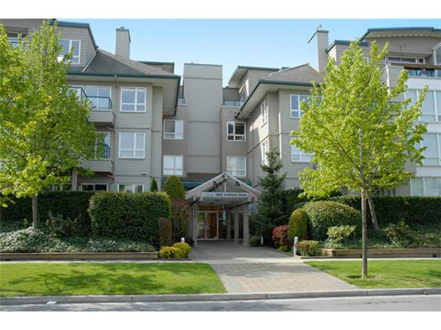 """Main Photo: 126 5800 ANDREWS Road in Richmond: Steveston South Condo for sale in """"THE VILLAS AT SOUTHCOVE"""" : MLS®# V874153"""