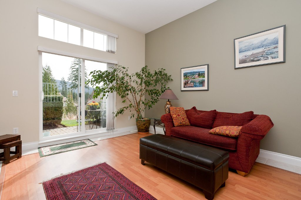 "Photo 7: Photos: 6 3405 PLATEAU Boulevard in Coquitlam: Westwood Plateau Townhouse for sale in ""PINNACLE RIDGE"" : MLS®# V883094"