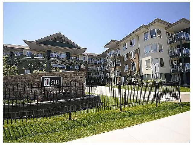 Main Photo: 133 - 3111 34 Avenue NW in Calgary: Varsity Village Condo for sale : MLS®# C3472403