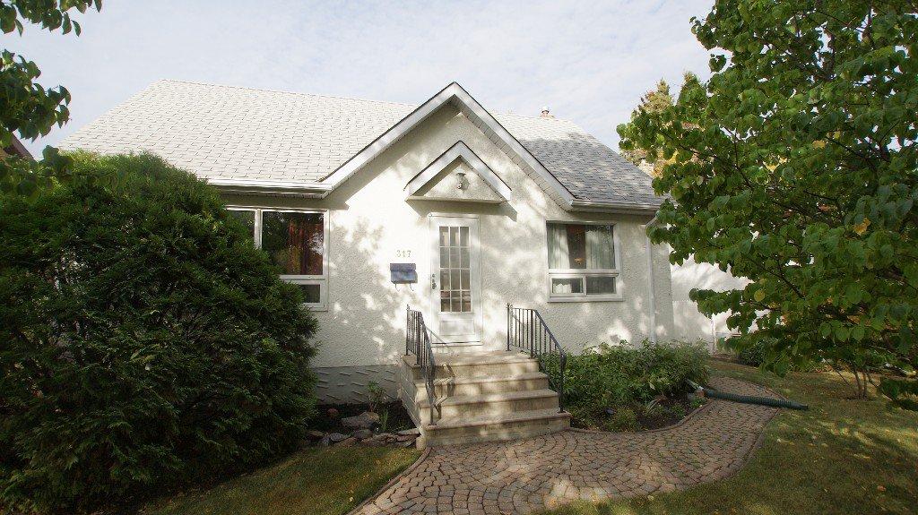 Main Photo: 317 Hazel Dell Avenue in Winnipeg: East Kildonan Residential for sale (North East Winnipeg)  : MLS®# 1211973