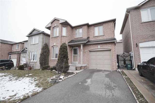Main Photo: Marie Commisso Vaughan Real Estate Stonebriar Drive Maple, On
