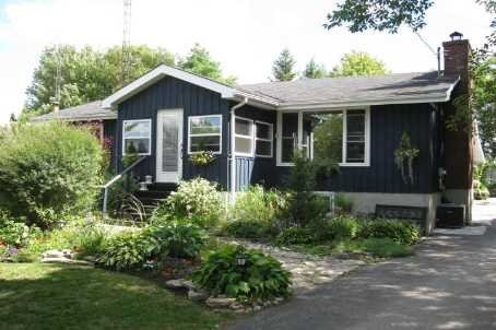 Main Photo: 52 Robinson Avenue in Kawartha Lakes: Rural Eldon House (Bungalow) for sale : MLS®# X3472144