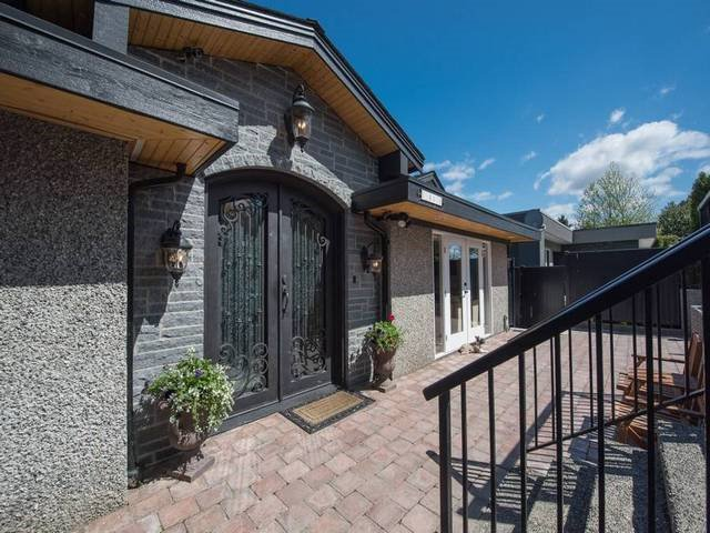 Main Photo: 5807 HIGHFIELD Drive in Burnaby: Capitol Hill BN House for sale (Burnaby North)  : MLS®# R2061483
