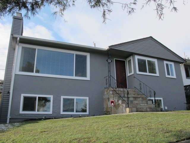 Main Photo: 914 LADNER Street in New Westminster: The Heights NW House for sale : MLS®# R2138922